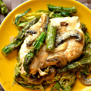 Creamy Lemon Chicken with Asparagus and Mushrooms.