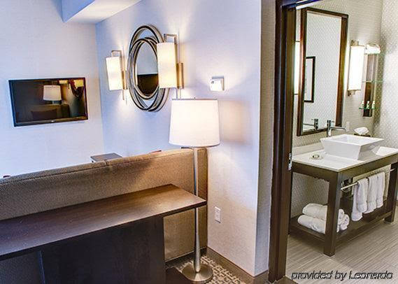 Cambria Suites White Plains - Downtown
