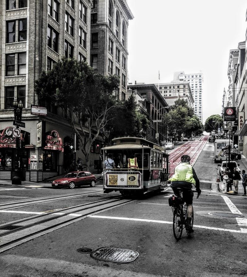 Tram sulle strade di San francisco di MonAnd ph