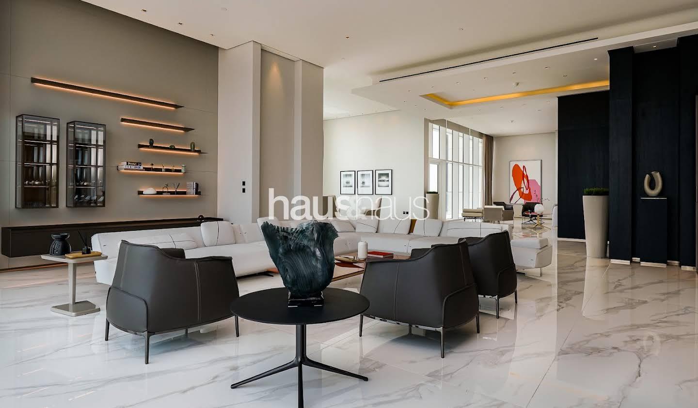 Appartement avec terrasse et piscine Dubai