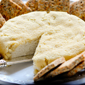 Simple Almond Cheese