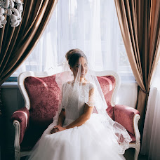 Wedding photographer Khristina Dedyukhina (Khristy). Photo of 31.10.2016