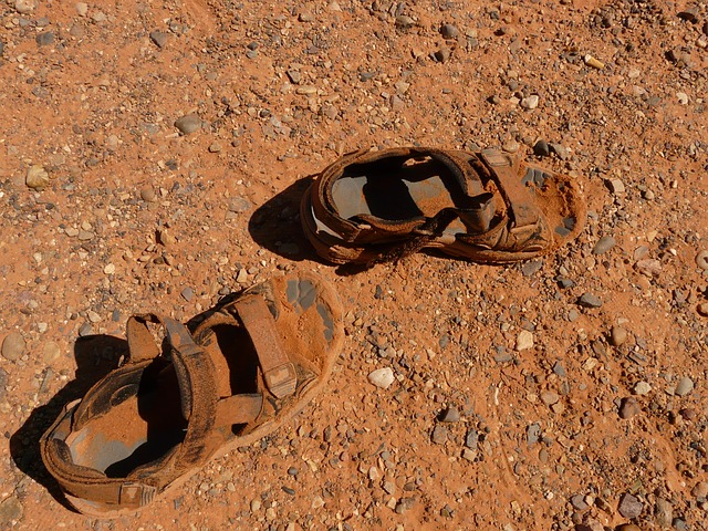 sandals-4563_640.jpg