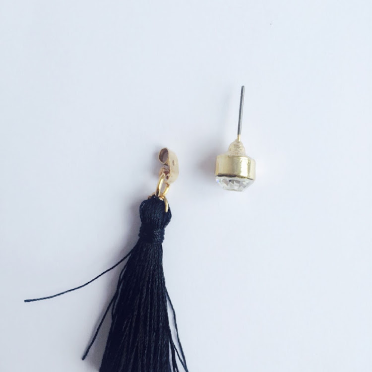 E043_B - B. Lady Corona Tassel Earrings