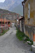 Photo: Najpierw przez urokliwą wioskę do klasztoru Cminda Sameba