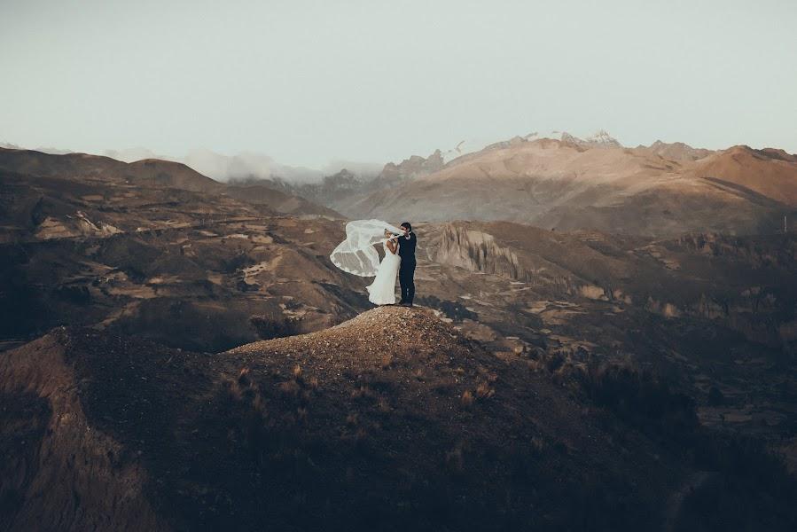 Wedding photographer Valery Garnica (focusmilebodas2). Photo of 17.09.2019