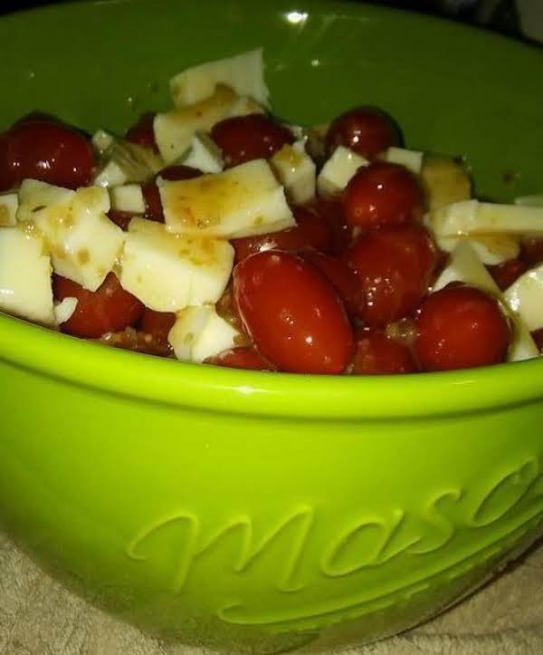 Tomatoes And Cheese Salad Recipe