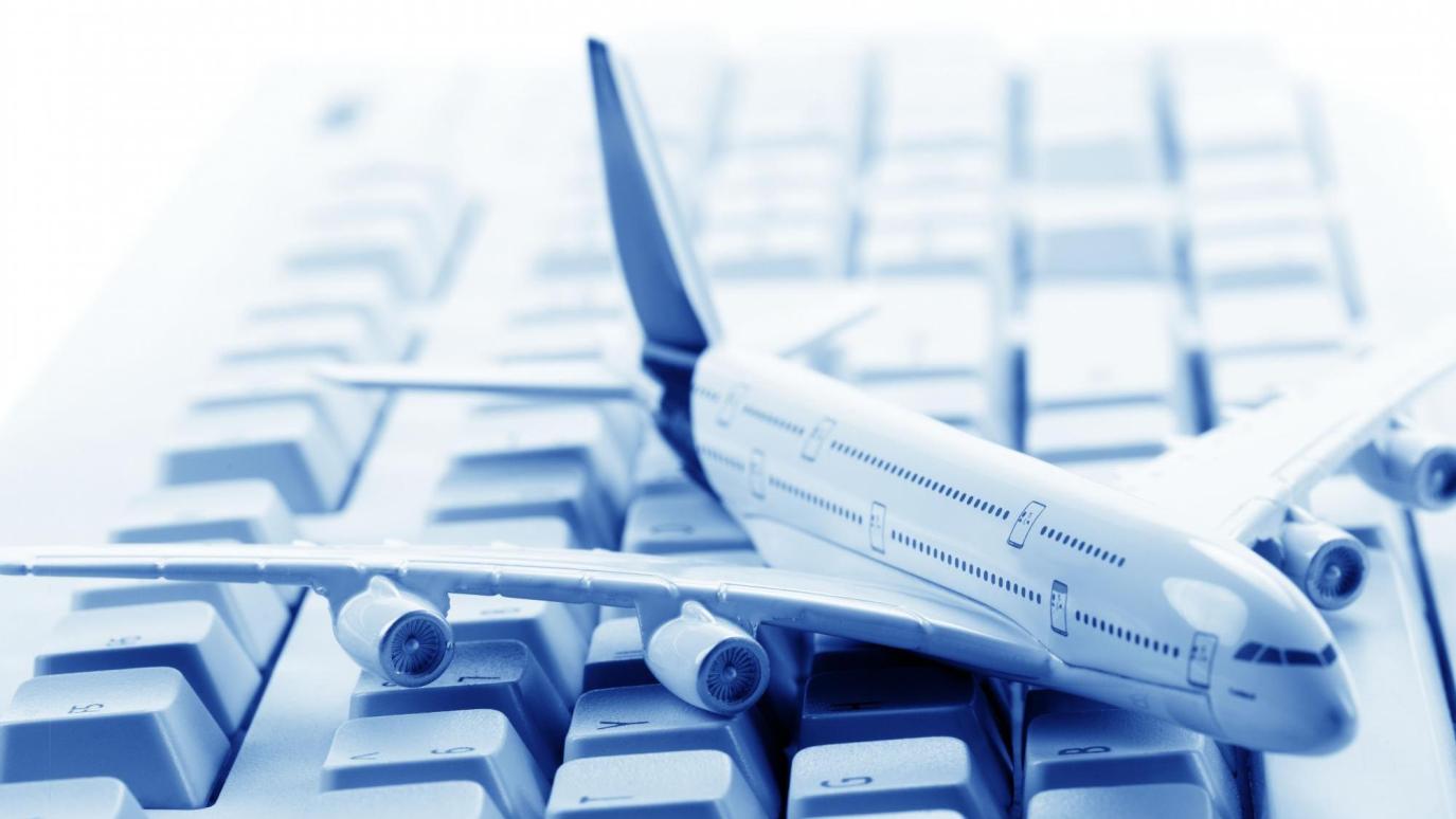 Các bạn nên đặt mua vé máy bay vào mùa thấp điểm du lịch