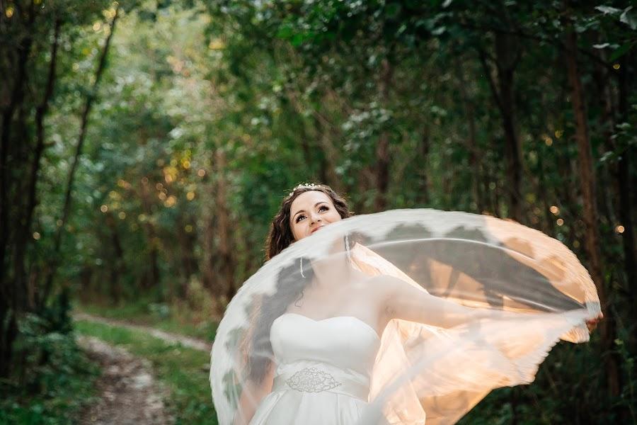 結婚式の写真家Yuliya Dubovickaya (dubov1987)。26.11.2018の写真