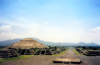 Photo: Teotihuacán, Piramida Słońca i Droga Zmarłych / The Pyramid of the Sun and the Avenue of the Dead