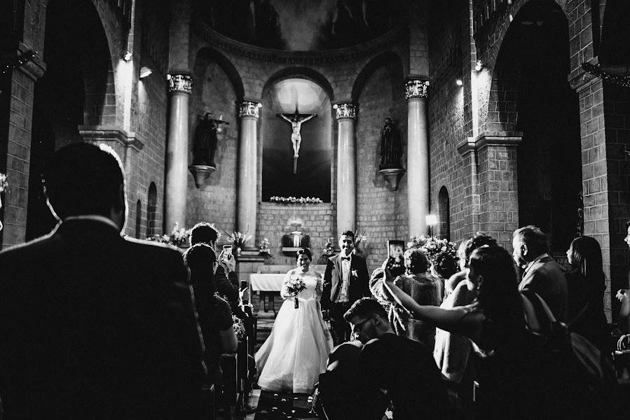 Wedding photographer Valery Garnica (focusmilebodas2). Photo of 20.02.2019