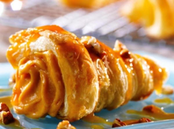 Praline Pumpkin Cornucopias Recipe