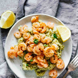 Easy Lemon Garlic Shrimp & Quinoa.