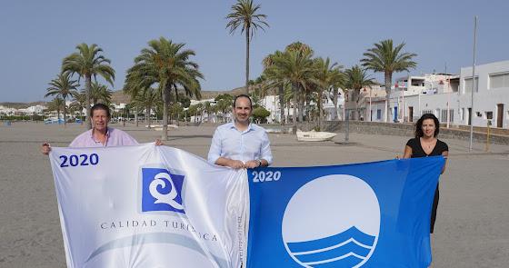 Carboneras y Mojácar renuevan sus banderas azules