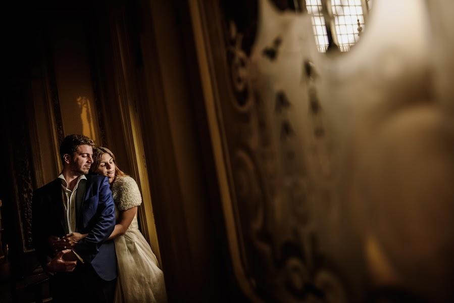 Wedding photographer Víctor Martí (victormarti). Photo of 30.11.2016