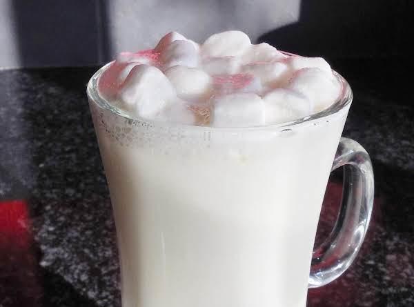 Vanilla Vodka White Hot Chocolate