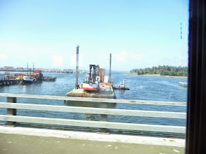 Photo: Barrge in Charleston Marina