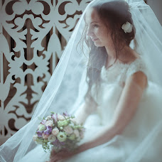 Wedding photographer Anna Mozhirova (CocaInne). Photo of 04.02.2016