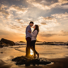 Wedding photographer Pablo Larenas (pablolarenas). Photo of 02.04.2015