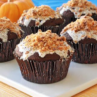 Gooey Butterfinger Cupcakes