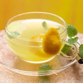 Lemon Balm and Cinnamon Tea