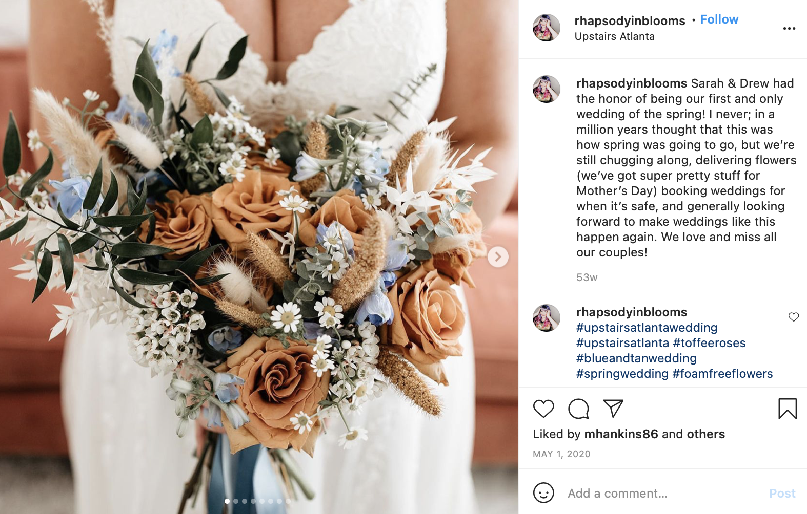 light blue and tan wedding florals