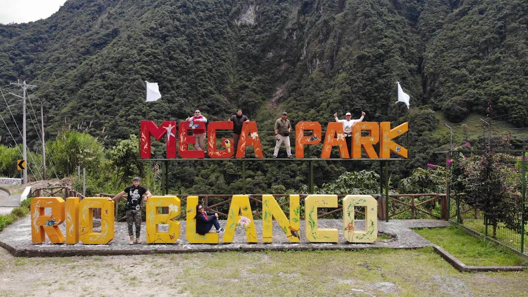 Mega Adventure Park Río Blanco - Parque en Baños de Agua Santa