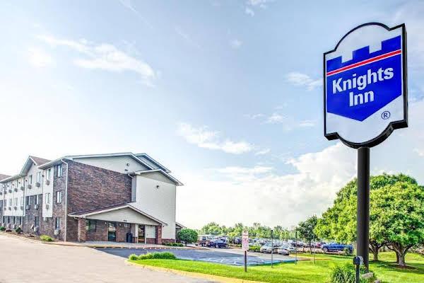 Knights Inn Metro Airport