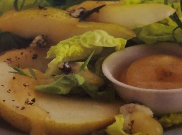 Fresh Pear Salad  W/pear & Blu Cheese Dressing Recipe