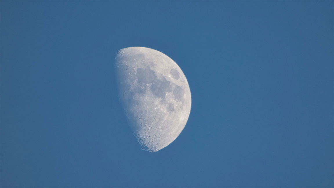 Day Moon 3.jpg