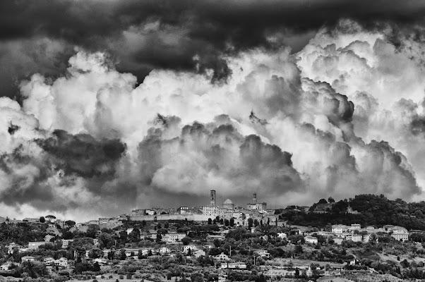 Volterra di Paolo Zanoni