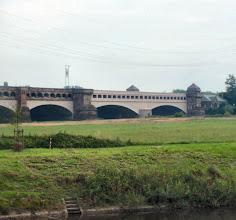 Photo: hier kreuzen sich Weser und Mittellandkanal