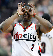 Photo: Portland Trail Blazers' Wesley Matthews celebrates his 3-pointer in the first quarter during anNBA basketball game with the Memphis Grizzlies on Tuesday, April 12, 2011, in Portland, Ore. (AP Photo/Rick Bowmer)