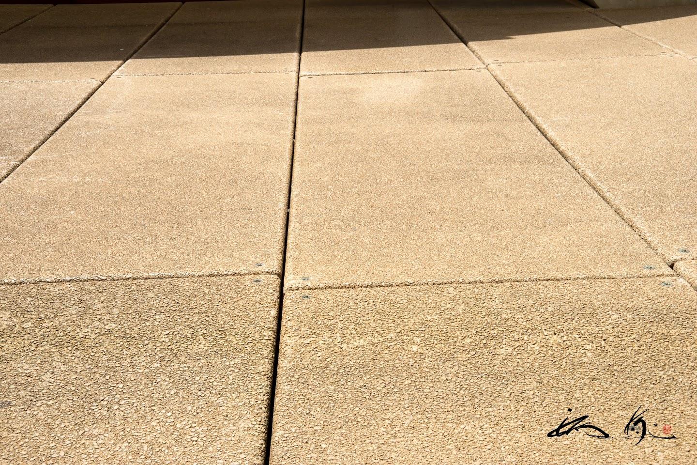 水はけの良い床材