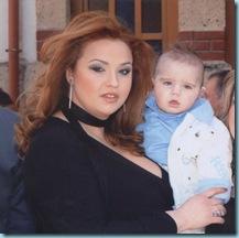 2008 02 24 Μελίνα νονά στον Πέτρο Σύρκο 01