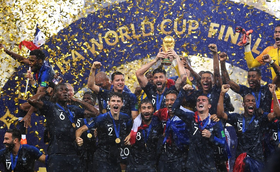 France celebrating the world cup win