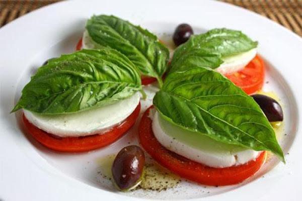 Mozzarella Caprese Recipe