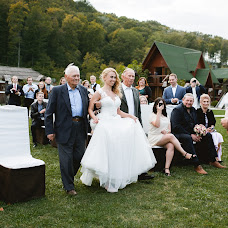 Wedding photographer Dmitriy Bezhenar (DeArt). Photo of 20.02.2018