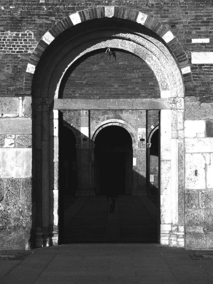una porta, poi un'altra, poi un'altra di simutz