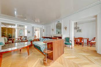 Appartement meublé 5 pièces 175,34 m2
