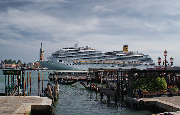 Grandi navi a Venezia: problema da risolvere con urgenza di carlo-bi