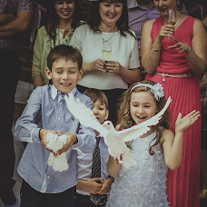 Wedding photographer Anna Lareva (rusalka26). Photo of 18.06.2014
