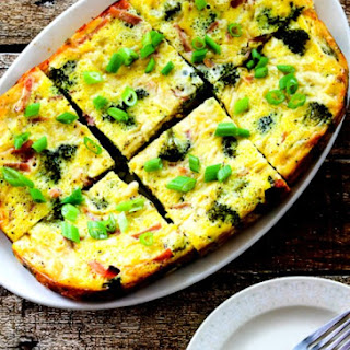 Slow Cooker Frittata with Broccoli, Ham, and Swiss