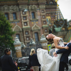 Wedding photographer Artem Grinev (GreenEV). Photo of 14.09.2014