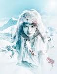 vrouw in dunne, witte, jurk; jachtvel over het hoofd en bebloed mes in de hand in ijzige vlakte met wolf, uil en berggeit