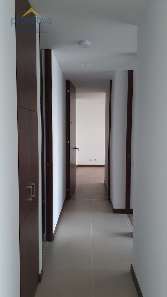 apartamento en arriendo altos del poblado 497-7335