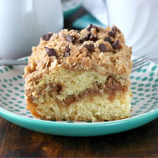 Peanut Butter Crumble Coffee Cake