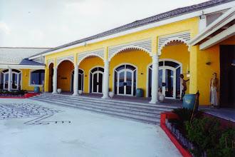 """Photo: #008-Le Club Med """"Columbus Isle"""" dans l'île San Salvador"""
