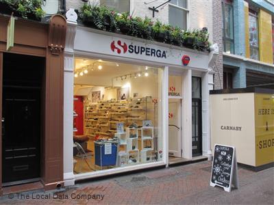 höstskor designer mode låga priser Superga on Fouberts Place - Shoe Shops in Soho, London W1F 7PL
