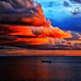 C L O U D by Fammz Fammudin - Landscapes Cloud Formations ( water, cloud, beach, landscapes )